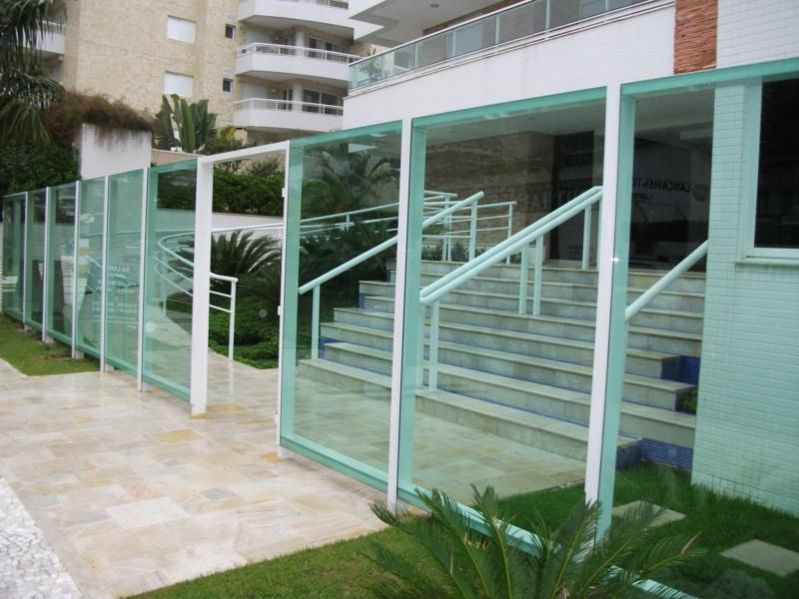 Manuportas esquadrias e vidros